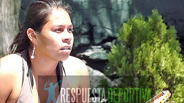 CAROLINA BETANCOURT DIO PELEA