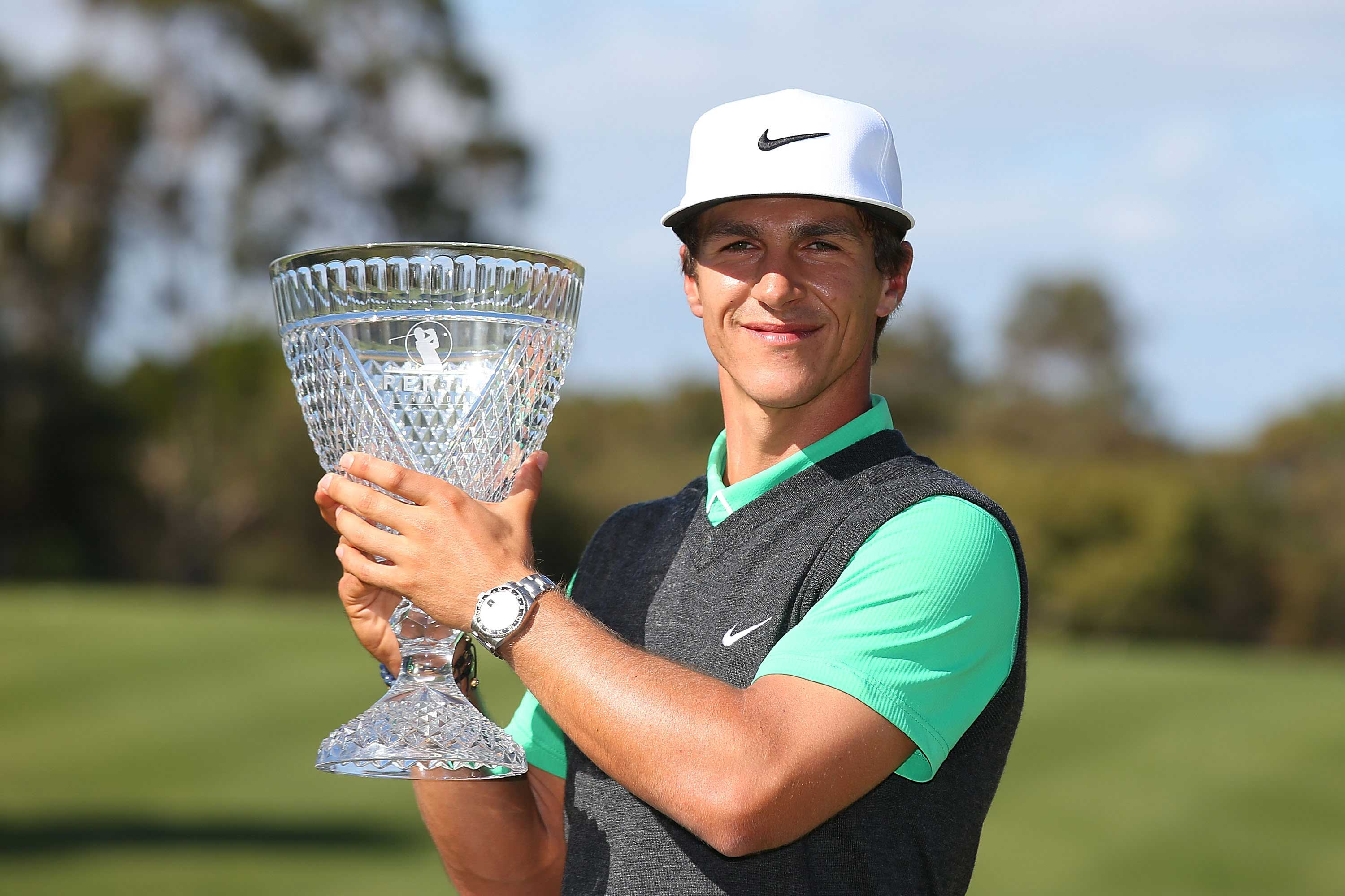Olesen claims comprehensive victory in Perth