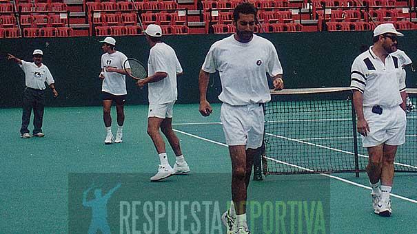 ALEJANDRO HERNÁNDEZ LE GANÓ TRES PUNTOS EN COPA DAVIS A ARGENTINA LOS DIAS 20, 21 Y 22 DE SEPTIEMBRE DE 1996