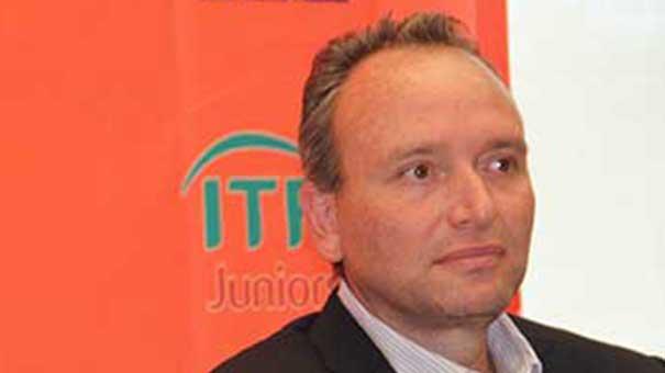 RICARDO LANGRE, POR LA CHICA EN LAS ELECCIONES FEDERADAS