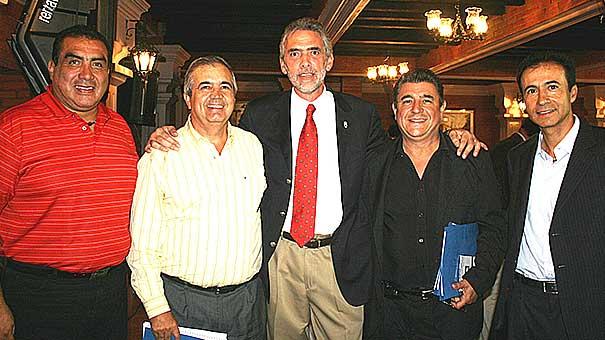 JOSE ANTONIO FLORES CONVIVIÓ  CON LA PRENSA DEPORTIVA EN EL CLUB ALEMAN