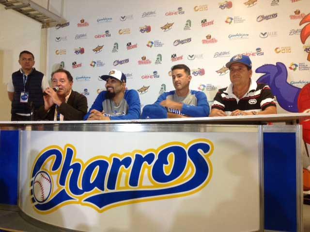 González y Romo, comprometidos con Charros