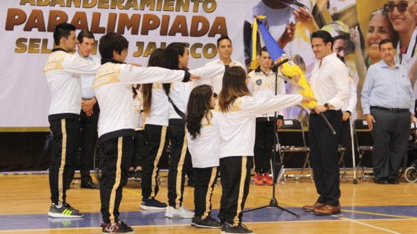 Abandera el Gobernador del Estado a la Selección Jalisco
