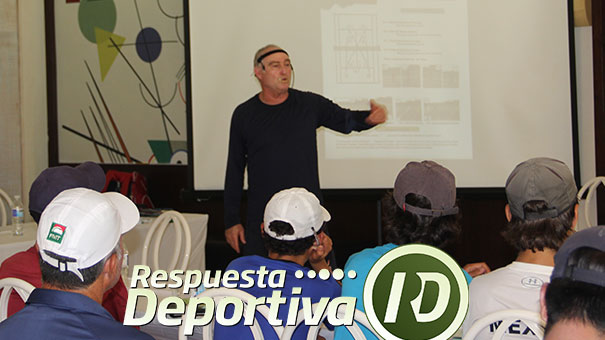 RICARDO SÁNCHEZ, ENTRENADOR DE CLASE MUNDIAL IMPARTE CÁTEDRA DE TENIS EN EL CAMPESTRE DE LEÓN