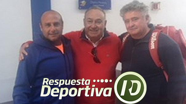 CARLOS MEDRANO Y DOS COLEGAS EN EL CDCh