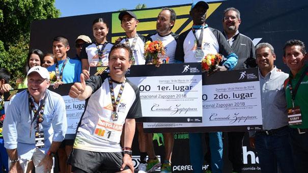 El tapatío José Luis Santana, campeón del Medio Maratón de Zapopan.
