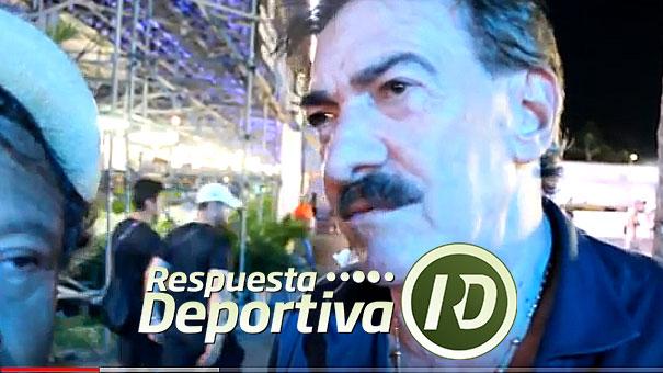 RICARDO ANTONIO LAVOLPE FELIZ DE HABLAR DE TENIS CON ALEJANDRO ÁLVAREZ