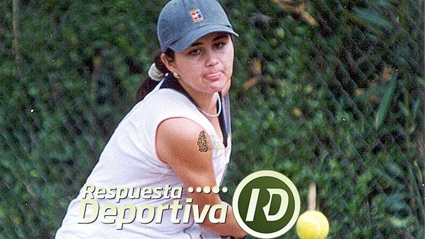 CAMPEONES MEXICANOS COPA JITIC 2001: DANIELA MUÑOZ, TOÑO RUIZ, JOSÉ PABLO ARIZPE Y FRANCISCO RIVEROLL