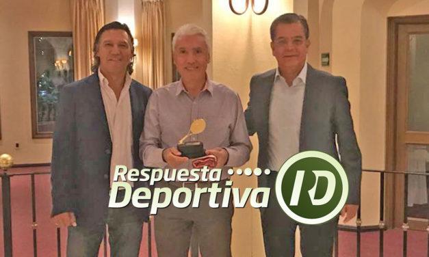 XXV ANIVERSARIO CLUB PUERTA DE HIERRO: CAMPEONES Y FINALISTAS TORNEO DE ANIVERSARIO