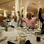 XXV ANIVERSARIO PUERTA DE HIERRO: RAYMUNDO VALLES ROBÓ CÁMARA EN LA CENA DE PREMIACIÓN