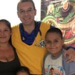 Alejandro libra la batalla contra el cáncer
