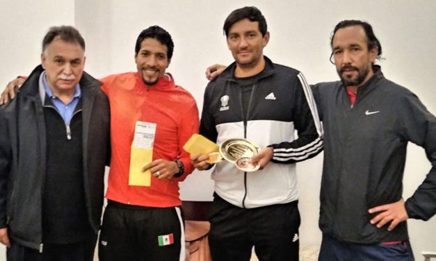 Raqueta Bosques, GS35 y Egresados IPN, los campeones del Torneo Interempresarial de Tenis