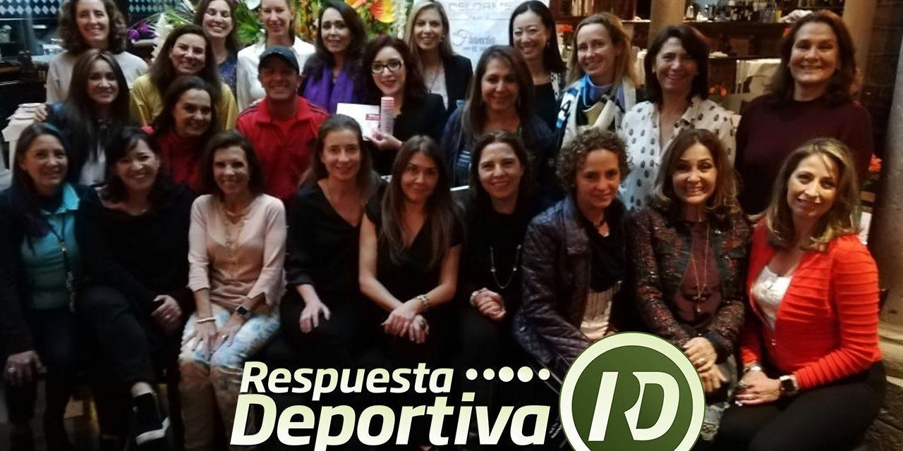 EL YAQUI: JOSE LUIS HERNÁNDEZ EN FESTEJO NAVIDEÑO CON LAS DAMAS