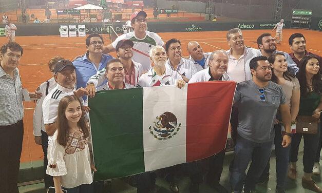 MIEMBROS DEL CONSEJO DIRECTIVO DE LA FMT FELICES ADELANTAN EL GRITO CON TODO Y EMBAJADOR EN PARAGUAY