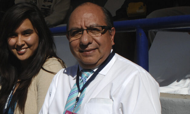 ROBERTO TÉLLEZ GRAN PERIODISTA DEPORTIVO CON ESPECIALIZACIÓN EN TENIS